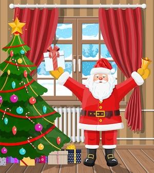 Kerstman in de kamer met kerstboom en geschenken
