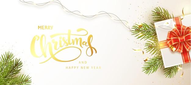 Kerstmis en nieuwjaar banner. achtergrond xmas ontwerp van realistische geschenkdoos met rode strik en glinsterende confetti. horizontale kerstaffiche, wenskaart, headers voor website.