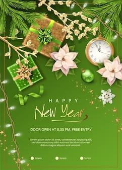 Kerstmis en nieuwjaar poster met kerstversiering, dennentakken, geschenken en bloemen