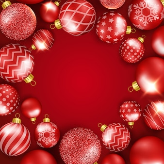Kerstmisachtergrond met glanzend kleurrijk ballenframe. ronde compositie.