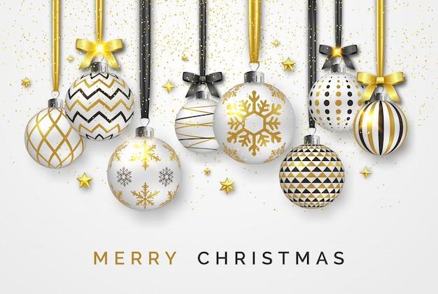 Kerstmisachtergrond met glanzende sterren, bogen, confettien en kleurrijke ballen