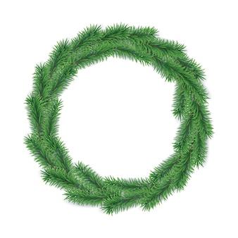 Kerstmiskroon van takken van altijdgroene boom in vorm van cirkel wordt op witte achtergrond wordt geïsoleerd gemaakt die.