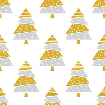 Kerstspar in de kleuren goud en zilver