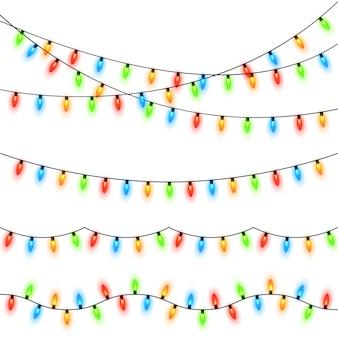 Kerstverlichting geïsoleerd op transparante achtergrond. kleurrijke heldere kerstmisslinger. vector sjabloon
