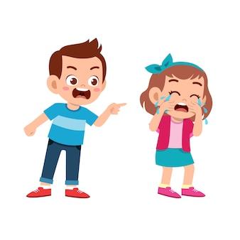 Kid pesten vriend slecht gedrag