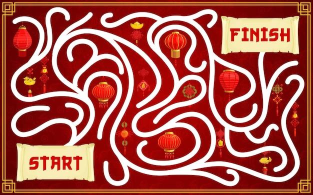 Kind doolhoflabyrint met chinese papieren lantaarns