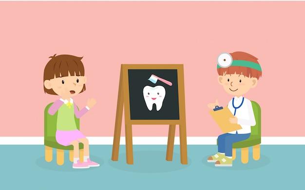 Kind ontmoet de tandarts bij tandheelkundige pediatrische kliniek voor controle tanden en tandvlees gezondheid