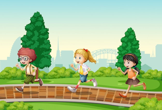 Kinderen die in het park lopen
