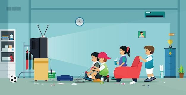 Kinderen en vrienden spelen videogames in huis
