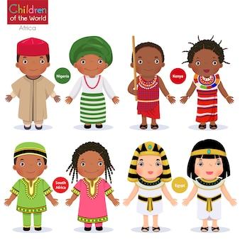 Kinderen in verschillende traditionele kostuums. nigeria, kenia, zuid-afrika, egypte.