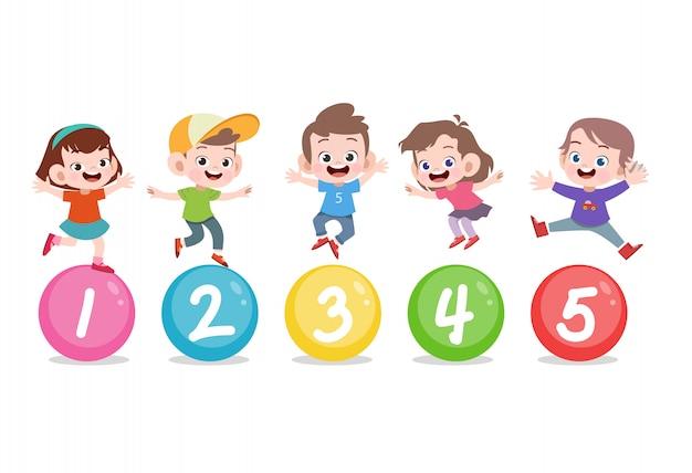 Kinderen met schattig nummer 123
