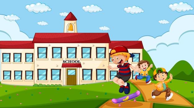 Kinderen op schoolterrein