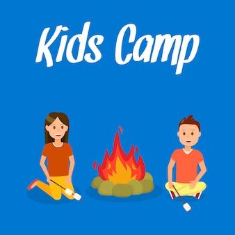 Kinderkamp vector reizen ansichtkaart met letters.