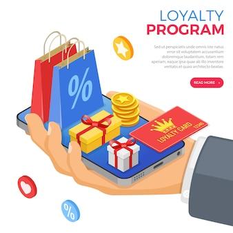 Klantloyaliteitsprogramma's als onderdeel van klantretourmarketing. geschenkdoos, retouren, rente, punten, bonussen. hand met smartphone geeft cadeaus voor bonussen van loyaliteitsprogramma. isometrisch