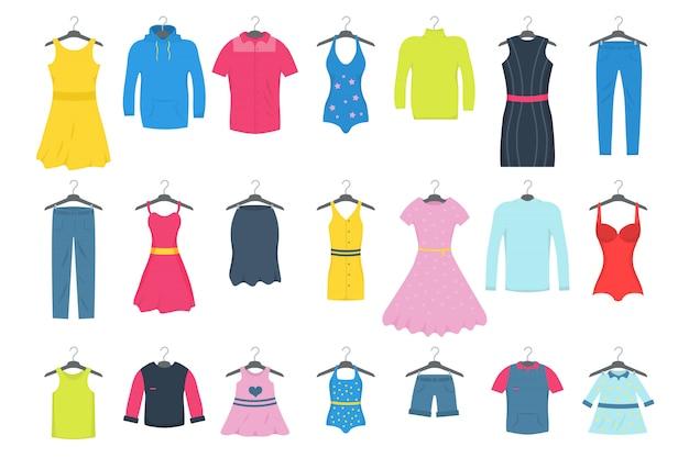 Kleding en accessoires mode-icon set. nieuwe modecollectie. mannen en vrouwen casual kleding op een hanger in de winkel. seizoensgebonden verkoop concept. illustratie van een vlakke vliegtuigstijl. .