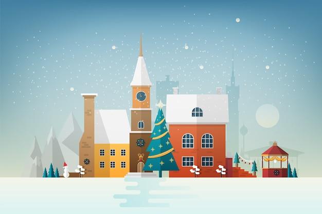 Kleine europese stad in sneeuwval