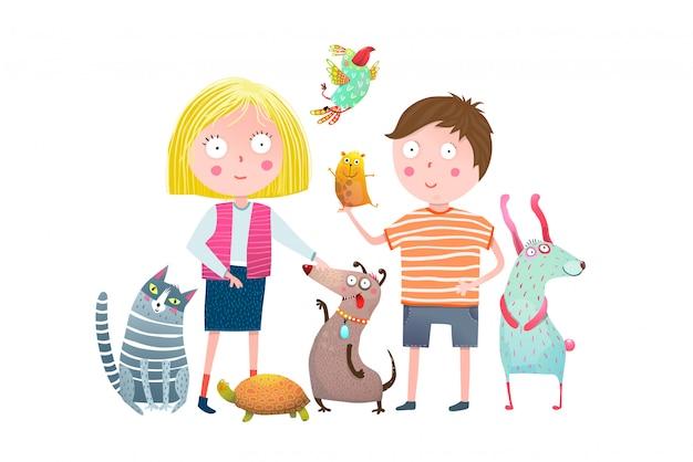Kleine jongen en meisje in dierenwinkel