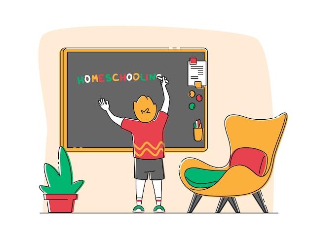Kleine jongen karakter schrijven word homeschooling op schoolbord in de klas.