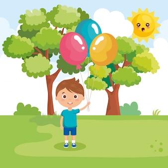 Kleine jongen spelen op het park