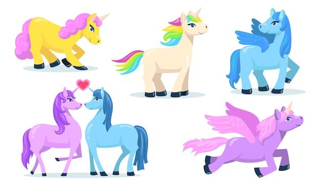 Kleine schattige pegasus en eenhoorn platte set voor webdesign. cartoon magische pony's voor prinses geïsoleerde vector illustratie collectie. fantasie voor kind en dieren concept