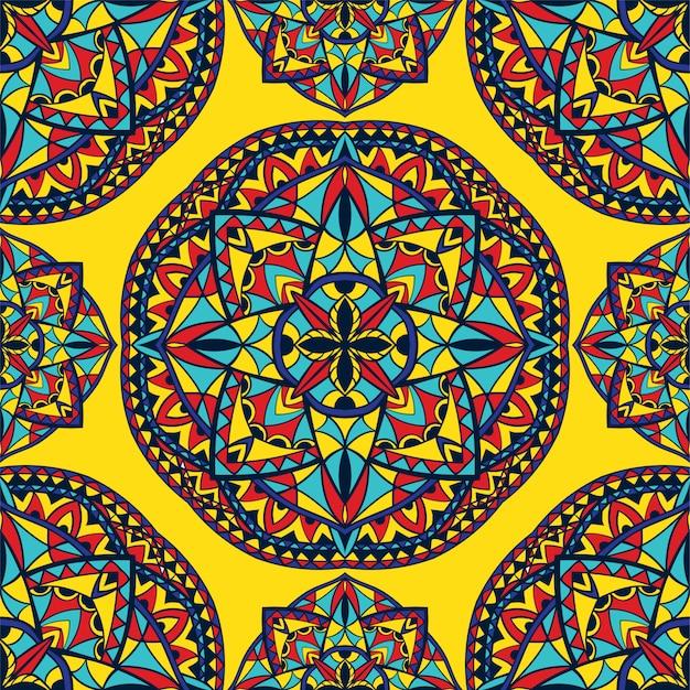 Kleurrijk indisch patroon met mandala's.