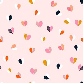 Kleurrijk leuk hand getrokken hart naadloos patroon