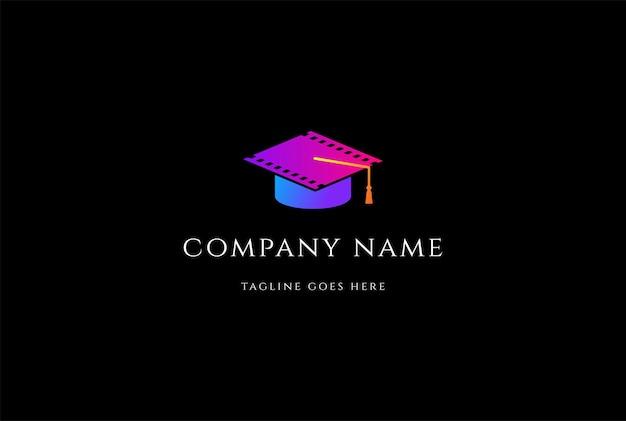Kleurrijke afstudeerhoed voor film cinema movie academy logo design vector