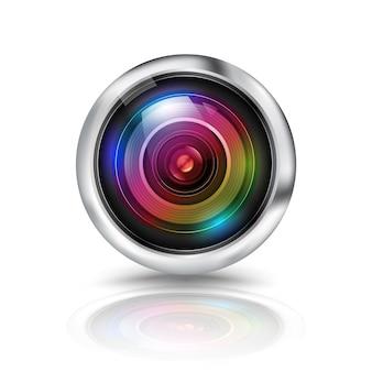 Kleurrijke cameralens op witte achtergrond