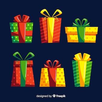 Kleurrijke kerstcadeau collectie met platte ontwerp
