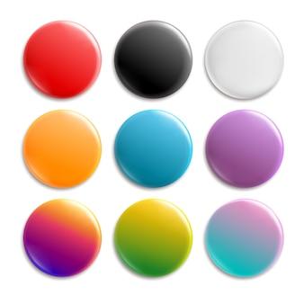 Kleurrijke pin badges.