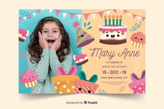 Kleurrijke verjaardag uitnodiging sjabloon
