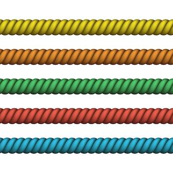 Klimmen gedraaid touw voor lasso- of zeeknopen. zeevaarttouw dun en dik. marine touw van verschillende kleur voor rand of frame.