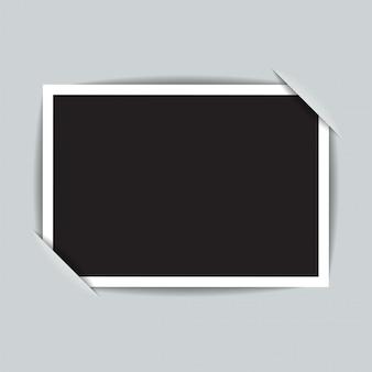 Knippen in het papier voor het bevestigen van een fotosjabloon. illustratie