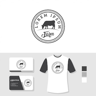 Koe logo-ontwerp met visitekaartje en t-shirt mockup