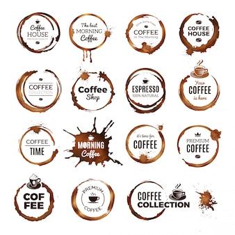 Koffie geeft badges. etiketten met vuile cirkels van thee of koffiekopje restaurant logo sjabloon