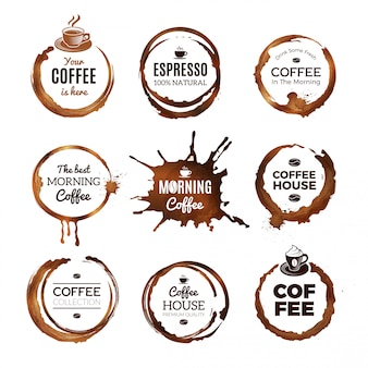 Koffie ringen etiketten set. badges ontwerp met cirkels van thee of koffie espresso mokka cup vector sjabloon met plaats voor tekst