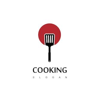 Kooklogo met lepelvork en pan-symbool