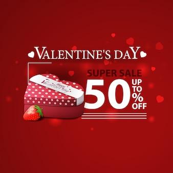 Korting rode banner voor valentijnsdag met geschenken en aardbei