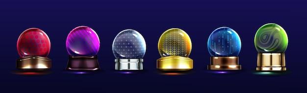 Kristallen bollen, sneeuwballen op metalen standaards. vector realistische set magische glazen bollen met verschillende patronen