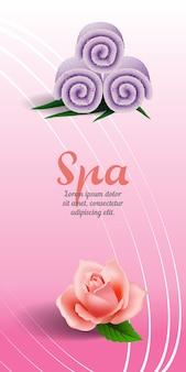 Kuuroord verticale banner met roze en lilac gerolde handdoek op roze achtergrond.