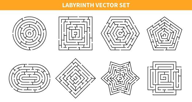 Labyrint-spelset met acht geïsoleerde doolhofschema's van verschillende vormen
