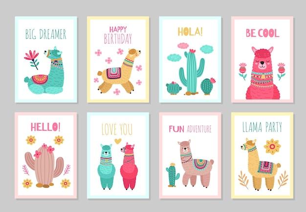 Lama kaarten. mooie uitnodigingen, alpaca bloem kleurrijke verjaardag nodigt uit. baby's kinderposters met cactus schattige wilde dieren vector set. illustratie alpaca kaart, groet gekleurde traditionele poster