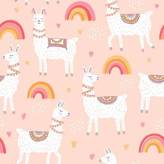 Lama's naadloos patroon met regenbogen op een perzikkleur