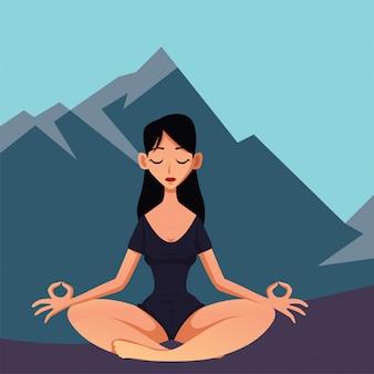 Lang zwart haar vrouw met zwarte sportieve outfit yoga doen