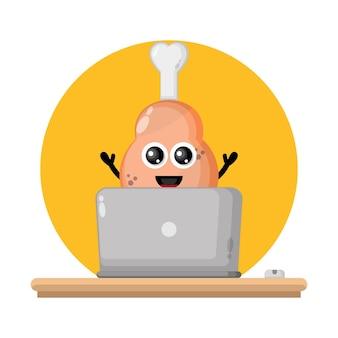 Laptop kippendij schattig karakter logo