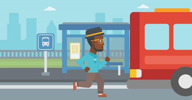Latecomer man loopt voor de bus.