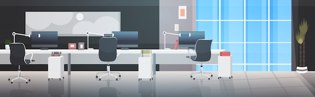 Leeg geen mensen coworking center moderne werkplek open ruimte kantoor interieur