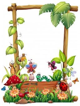 Leeg houten kadersjabloon met dierlijke tuinset
