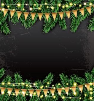 Leeg kerstmismalplaatje met dennentakken