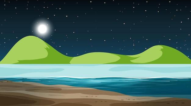 Leeg natuurlandschap bij nachtscène met berg